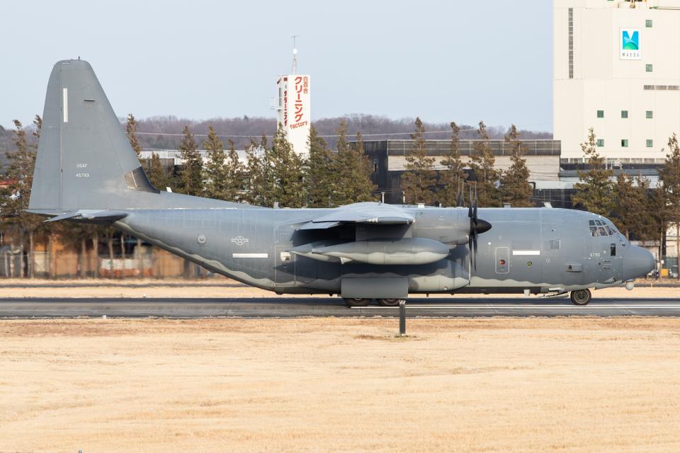 KANTO61さんのアメリカ空軍 Lockheed Martin C-130 Hercules (14-5793) 航空フォト