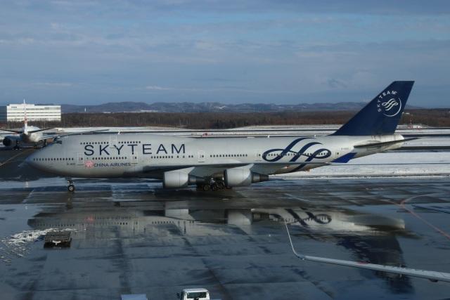 はやぶささんが、新千歳空港で撮影したチャイナエアライン 747-409の航空フォト(飛行機 写真・画像)
