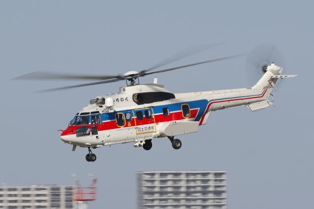 meskinさんが、仙台空港で撮影した国土交通省 地方整備局 AS332L2 Super Puma Mk2の航空フォト(飛行機 写真・画像)