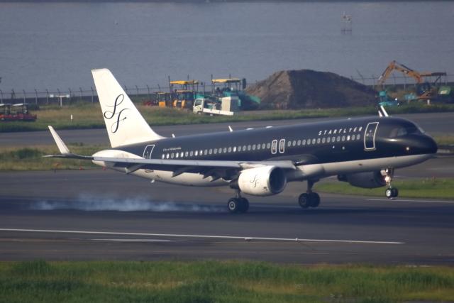 ▲®さんが、羽田空港で撮影したスターフライヤー A320-214の航空フォト(飛行機 写真・画像)