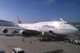 Hiro-hiroさんが、ロサンゼルス国際空港で撮影したルフトハンザドイツ航空 747-830の航空フォト(飛行機 写真・画像)