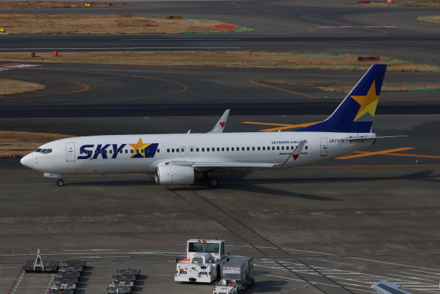 SIさんが、羽田空港で撮影したスカイマーク 737-86Nの航空フォト(飛行機 写真・画像)