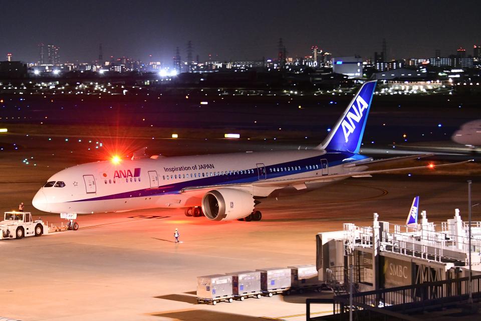 TOPAZ102さんの全日空 Boeing 787-8 Dreamliner (JA818A) 航空フォト