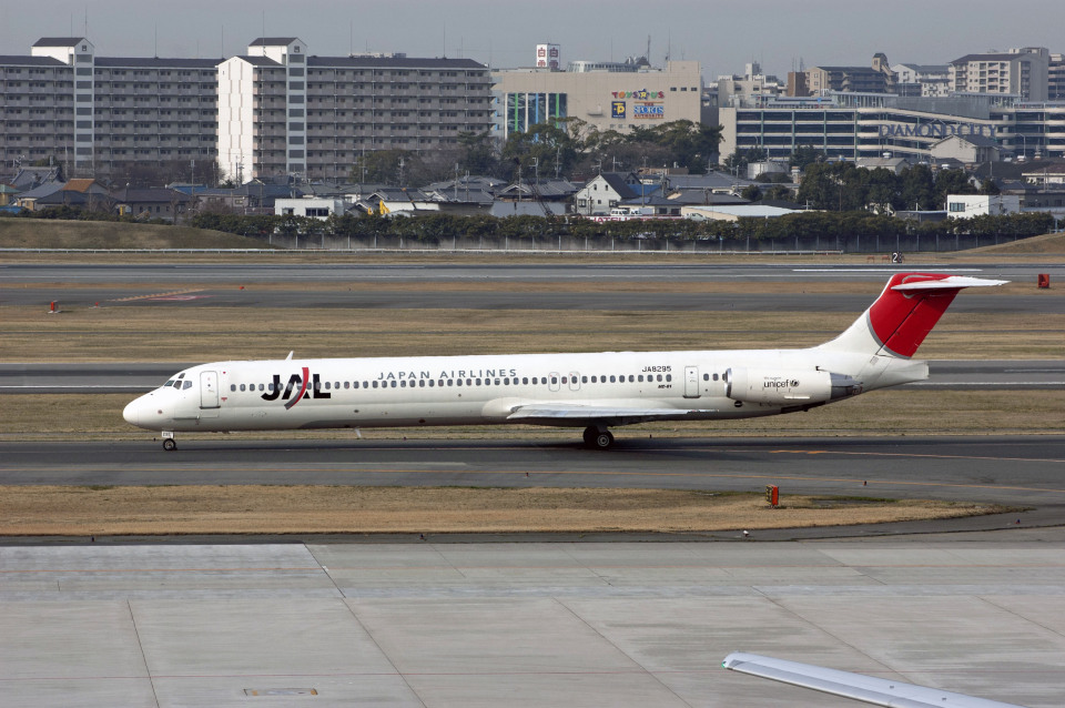Gambardierさんの日本航空 McDonnell Douglas MD-80 (DC-9-80) (JA8295) 航空フォト