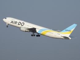 チャレンジャーさんが、羽田空港で撮影したAIR DO 767-33A/ERの航空フォト(飛行機 写真・画像)