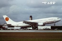 tassさんが、マイアミ国際空港で撮影したエア・ジャマイカ A300B4-203の航空フォト(飛行機 写真・画像)