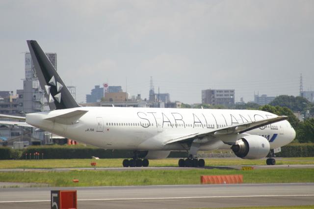 なかすぃ~さんが、伊丹空港で撮影した全日空 777-281の航空フォト(飛行機 写真・画像)