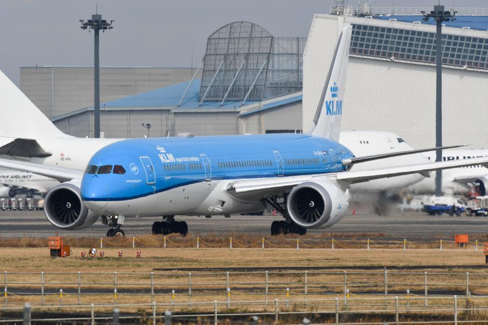 panchiさんのKLMオランダ航空 Boeing 787-9 (PH-BHM) 航空フォト
