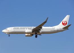 Bokuranさんが、小松空港で撮影した日本トランスオーシャン航空 737-846の航空フォト(飛行機 写真・画像)