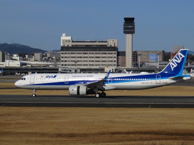 LOVE767さんが、伊丹空港で撮影した全日空 A321-272Nの航空フォト(飛行機 写真・画像)