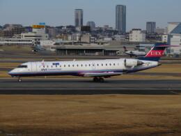 LOVE767さんが、伊丹空港で撮影したアイベックスエアラインズ CL-600-2C10 Regional Jet CRJ-702の航空フォト(飛行機 写真・画像)