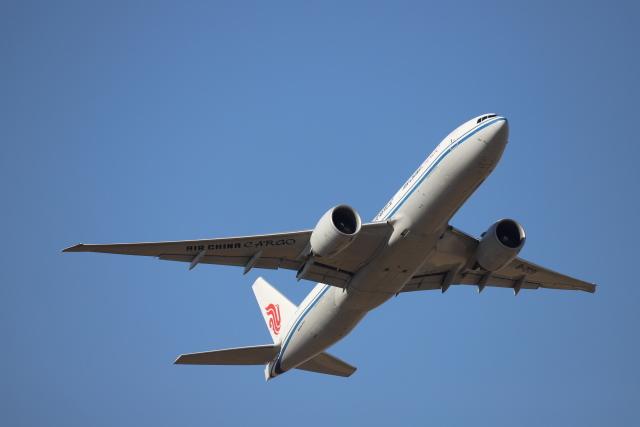 赤ちんさんが、成田国際空港で撮影した中国国際貨運航空 777-FFTの航空フォト(飛行機 写真・画像)