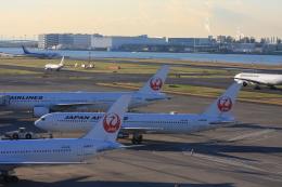Hiro-hiroさんが、羽田空港で撮影した日本航空 767-346の航空フォト(飛行機 写真・画像)