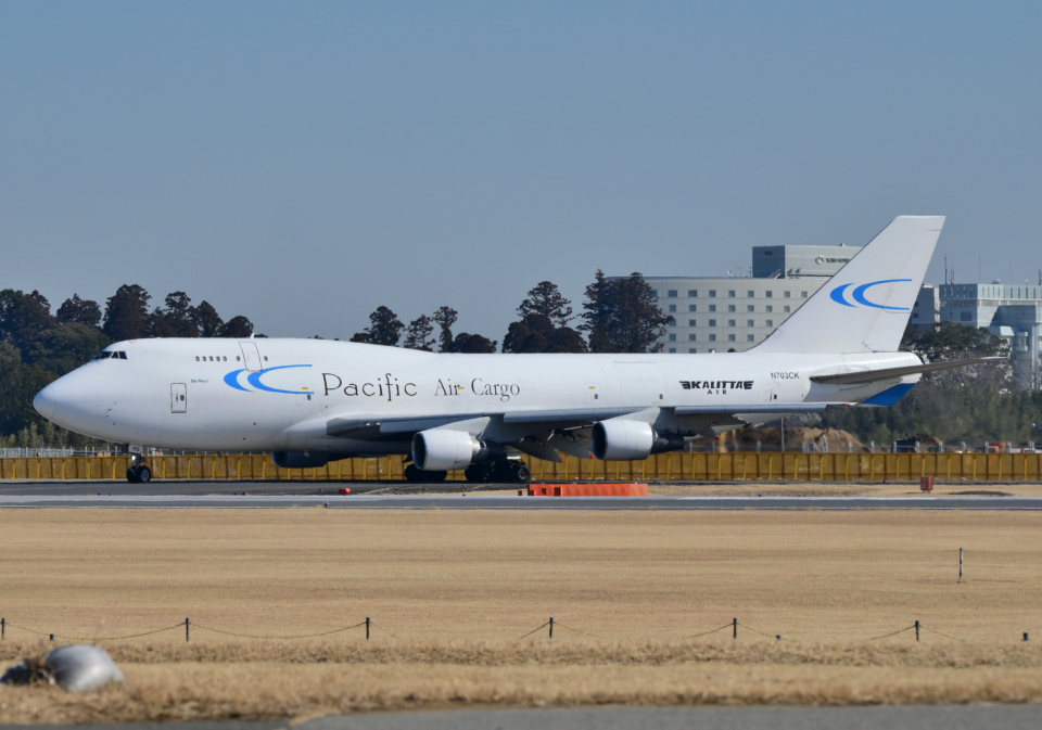 雲霧さんのカリッタ エア Boeing 747-400 (N703CK) 航空フォト