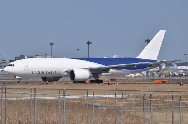 Flying A340さんが、成田国際空港で撮影したサザン・エア 777-F16の航空フォト(飛行機 写真・画像)