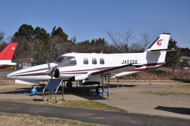 Flying A340さんが、成田国際空港で撮影した富士重工業 FA-300 (Commander 700)の航空フォト(飛行機 写真・画像)