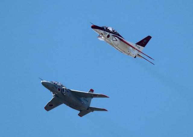 ビッグジョンソンさんが、芦屋基地で撮影した航空自衛隊 T-4の航空フォト(飛行機 写真・画像)