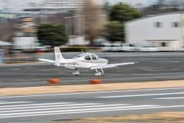 NCT310さんが、調布飛行場で撮影した日本個人所有 SR22 G3-GTSXの航空フォト(飛行機 写真・画像)