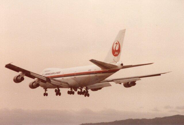 なかすぃ~さんが、伊丹空港で撮影した日本航空 747SR-46の航空フォト(飛行機 写真・画像)