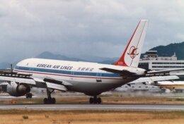 なかすぃ~さんが、伊丹空港で撮影した大韓航空 A300B4-103の航空フォト(飛行機 写真・画像)