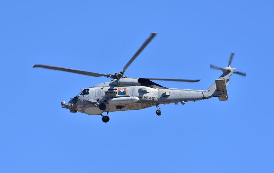 kotaちゃんさんのアメリカ海軍 Sikorsky S-70 (H-60 Black Hawk/Seahawk) (167032) 航空フォト