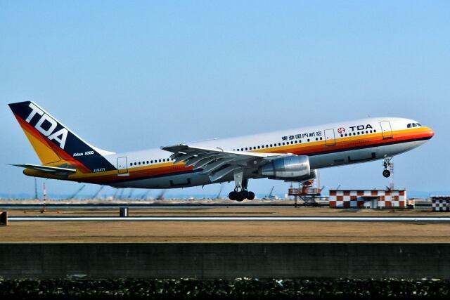 パール大山さんが、羽田空港で撮影した東亜国内航空 A300B2K-3Cの航空フォト(飛行機 写真・画像)