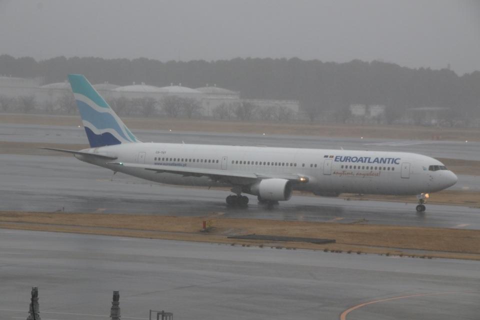 ショウさんのユーロアトランティック・エアウェイズ Boeing 767-300 (CS-TST) 航空フォト