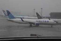 ショウさんが、成田国際空港で撮影したユナイテッド航空 767-322/ERの航空フォト(飛行機 写真・画像)
