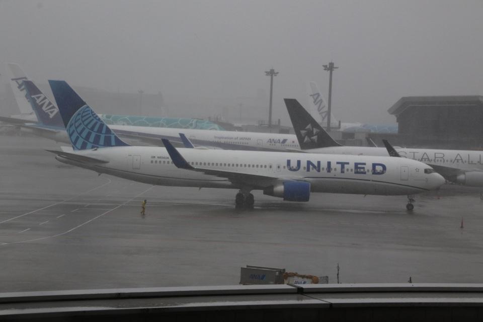 ショウさんのユナイテッド航空 Boeing 767-300 (N654UA) 航空フォト