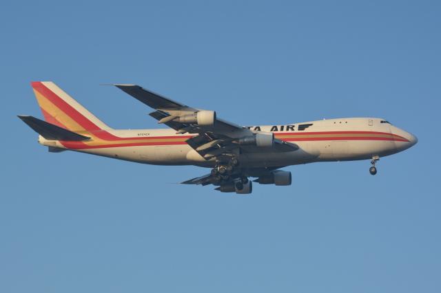 Deepさんが、成田国際空港で撮影したカリッタ エア 747-246F/SCDの航空フォト(飛行機 写真・画像)