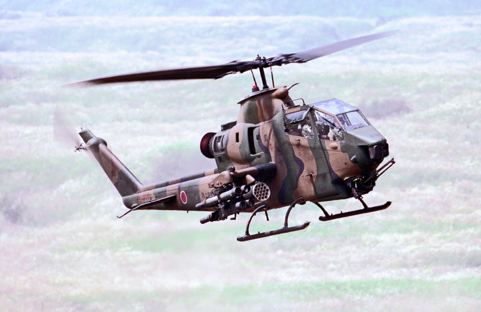 A-330さんの陸上自衛隊 Fuji AH-1S (73449) 航空フォト