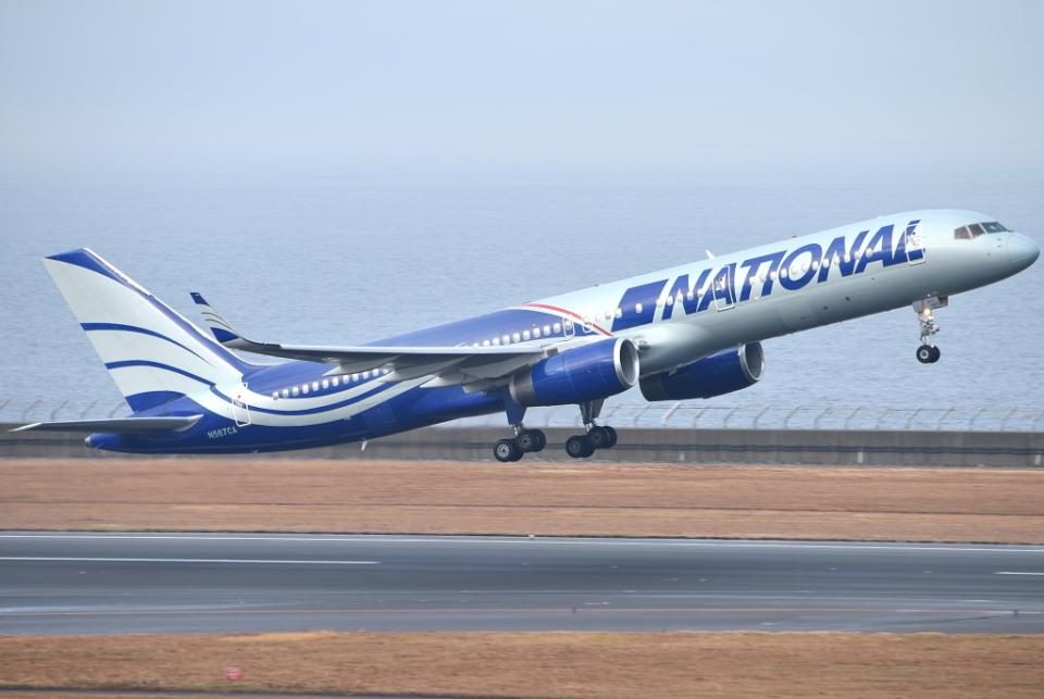 jun☆さんのナショナル・エアラインズ Boeing 757-200 (N567CA) 航空フォト