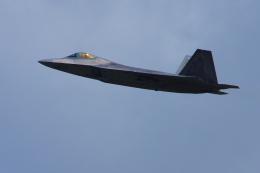 ぼくちゃんさんが、嘉手納飛行場で撮影したアメリカ空軍 F-22A-30-LM Raptorの航空フォト(飛行機 写真・画像)