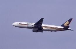 kumagorouさんが、仙台空港で撮影したシンガポール航空 777-212/ERの航空フォト(飛行機 写真・画像)