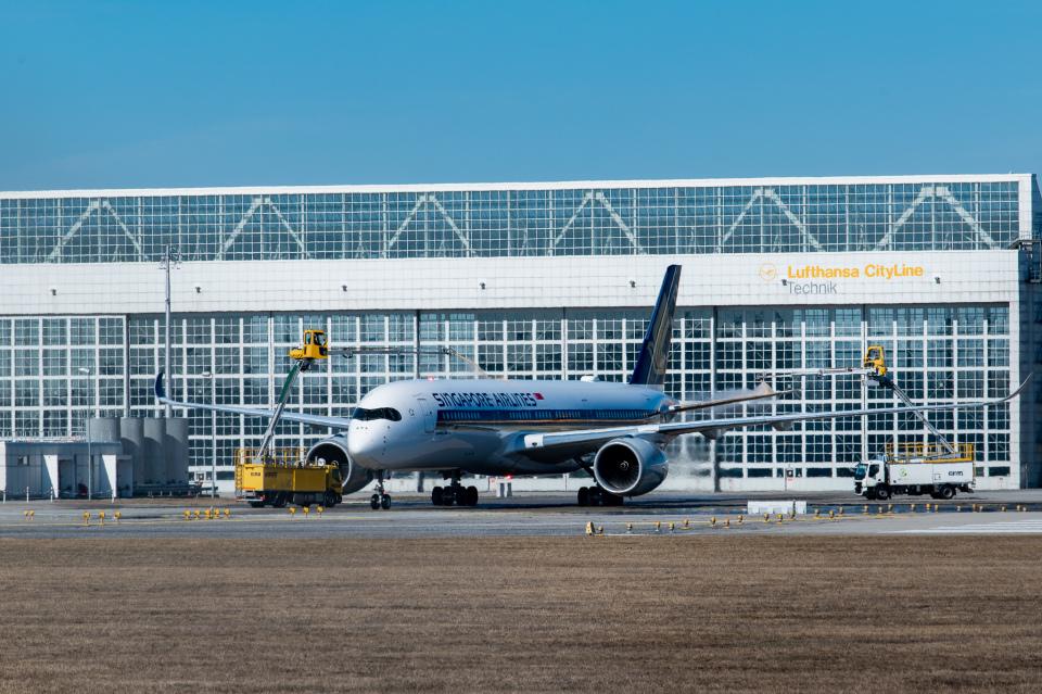 gomaさんのシンガポール航空 Airbus A350-900 (9V-SMO) 航空フォト