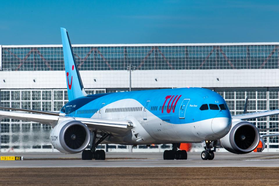 gomaさんのトゥイ・エアウェイズ Boeing 787-9 (G-TUIJ) 航空フォト