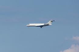Y-Kenzoさんが、羽田空港で撮影した2001 MGT LLC BD-700 Global Express/5000/6000の航空フォト(飛行機 写真・画像)