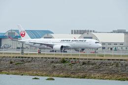監督さんが、那覇空港で撮影した日本航空 A350-941の航空フォト(飛行機 写真・画像)