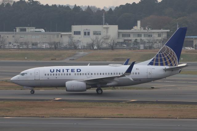 Hi.KOKIさんが、成田国際空港で撮影したユナイテッド航空 737-724の航空フォト(飛行機 写真・画像)