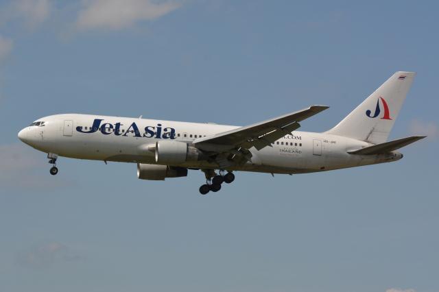 Deepさんが、成田国際空港で撮影したジェット・アジア・エアウェイズ 767-233/ERの航空フォト(飛行機 写真・画像)