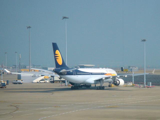 yabyanさんが、香港国際空港で撮影したジェットエアウェイズ A330-202の航空フォト(飛行機 写真・画像)