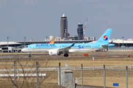 inyoさんが、成田国際空港で撮影した大韓航空 BD-500-1A11 CSeries CS300の航空フォト(飛行機 写真・画像)