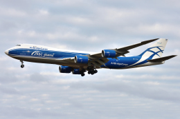 saoya_saodakeさんが、成田国際空港で撮影したエアブリッジ・カーゴ・エアラインズ 747-8HVFの航空フォト(飛行機 写真・画像)