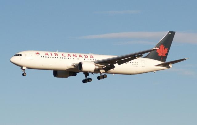 木人さんが、成田国際空港で撮影したエア・カナダ 767-36N/ERの航空フォト(飛行機 写真・画像)