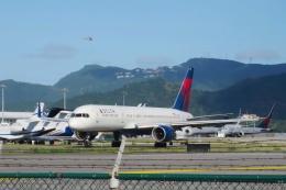 Hiro-hiroさんが、プリンセス・ジュリアナ国際空港で撮影したデルタ航空 757-232の航空フォト(飛行機 写真・画像)