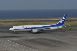 kumagorouさんが、羽田空港で撮影した全日空 767-381の航空フォト(飛行機 写真・画像)