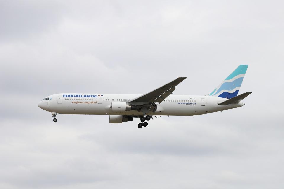 マーサさんのユーロアトランティック・エアウェイズ Boeing 767-300 (CS-TST) 航空フォト