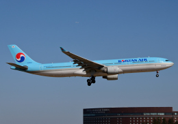 雲霧さんが、成田国際空港で撮影した大韓航空 A330-323Xの航空フォト(飛行機 写真・画像)