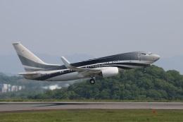 ニヤンさんが、岡山空港で撮影したケイマン諸島企業所有 737-7JW BBJの航空フォト(飛行機 写真・画像)