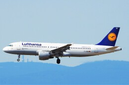 航空フォト:D-AIQW ルフトハンザドイツ航空 A320